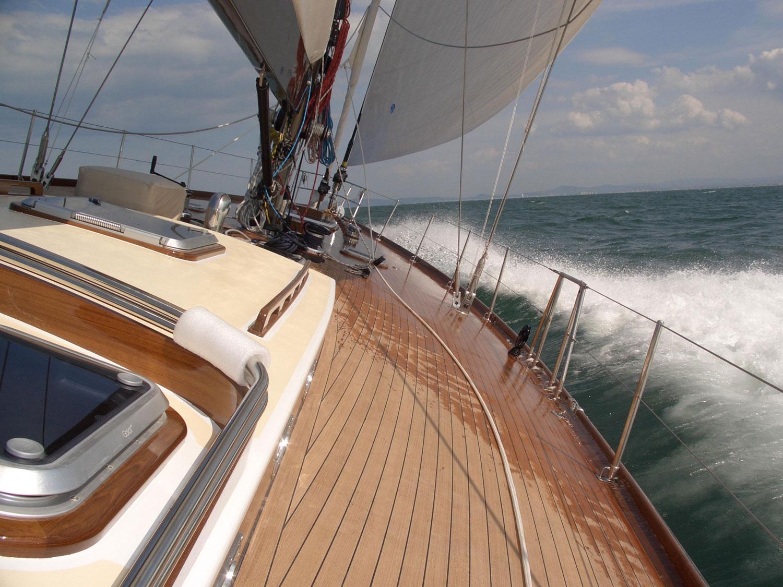 clan 2 barca a vela