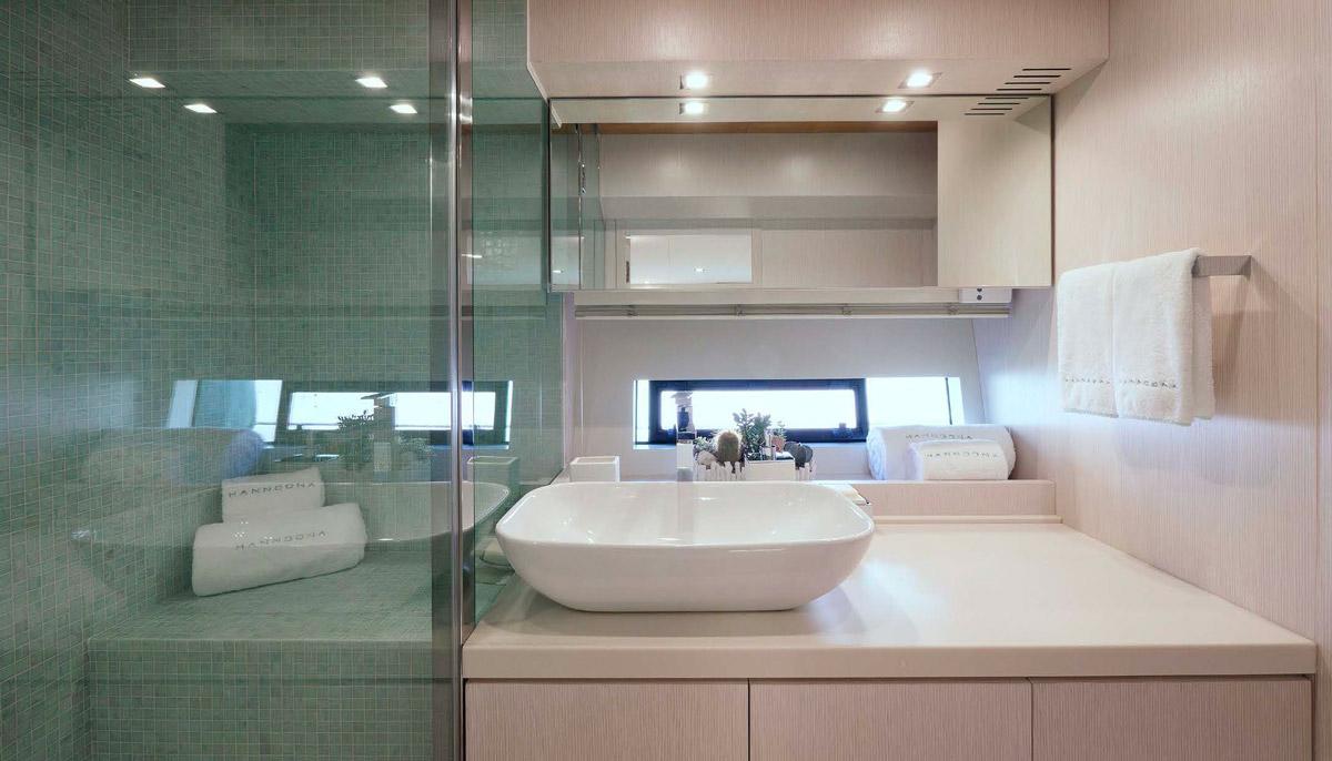 MAVI owner bathroom